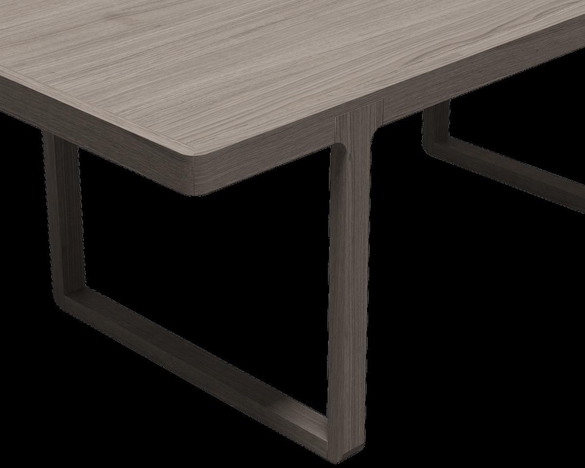 Оригинальный стол из массива